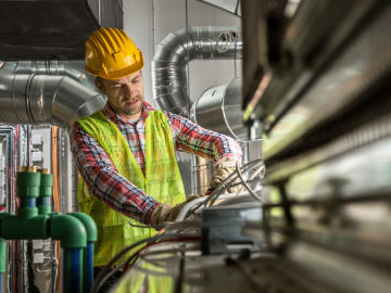 Two Solutions to the Skilled Labor Shortage in Mechanical Construction